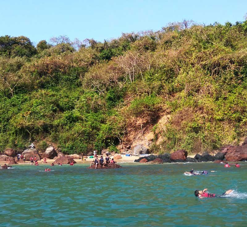 grand-island-tour-snorkeling